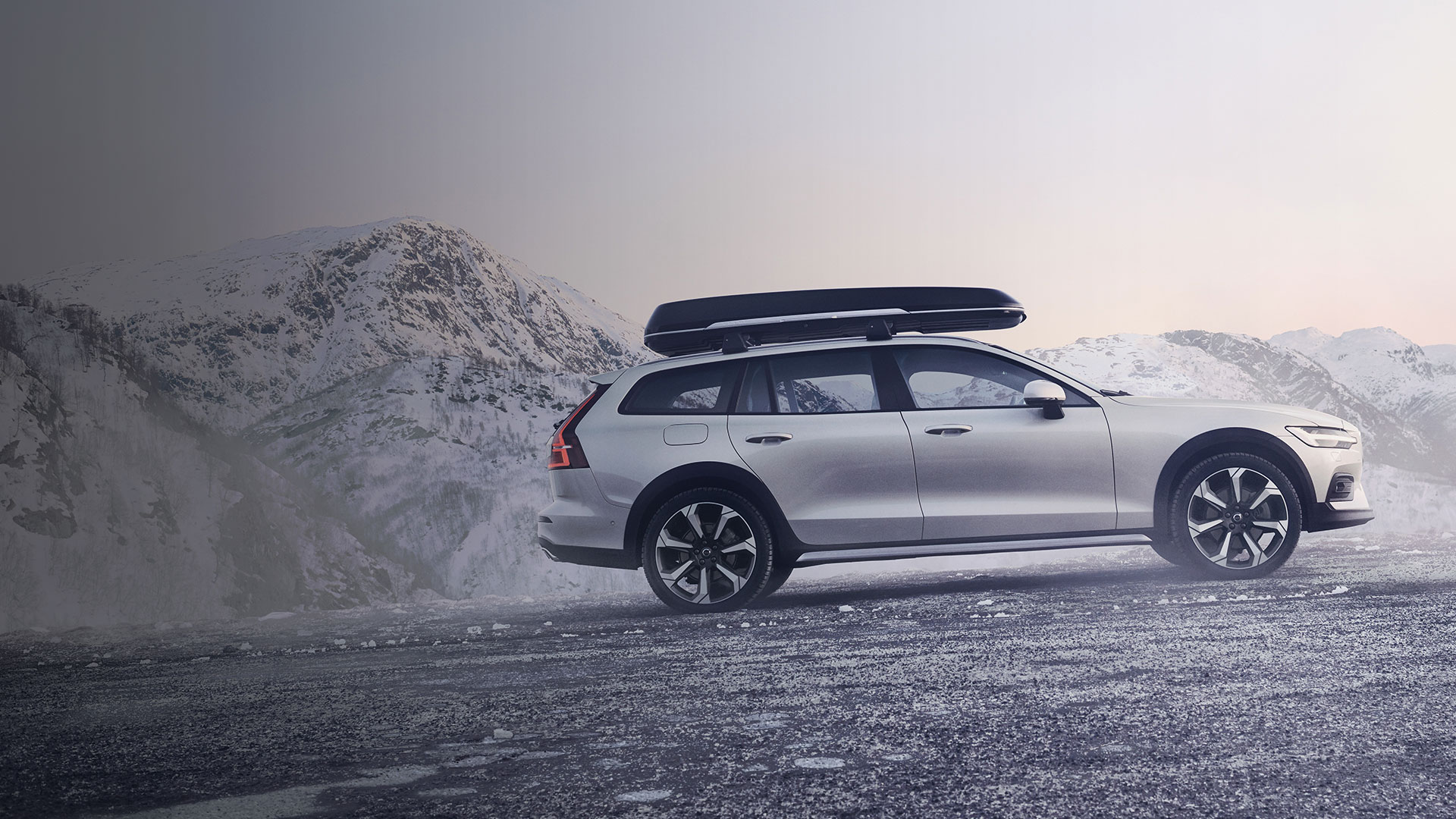 volvo-vinter-2019-homepage-banner-dark