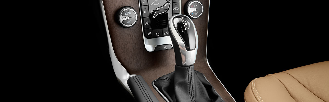 interior-volvo-v40-cross-country